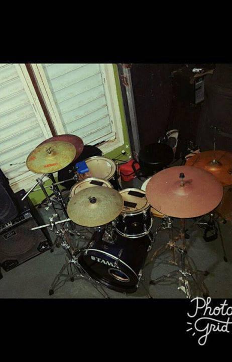 Tama Drum Set On Hardwares Musical Instruments Sint Maarten Cyphoma