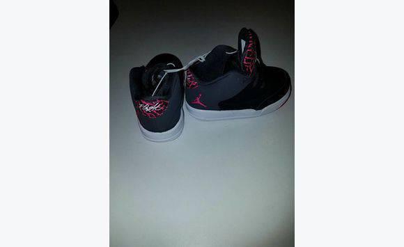 866b592a8c1c kids shoes. - Shoes Antigua and Barbuda • Cyphoma