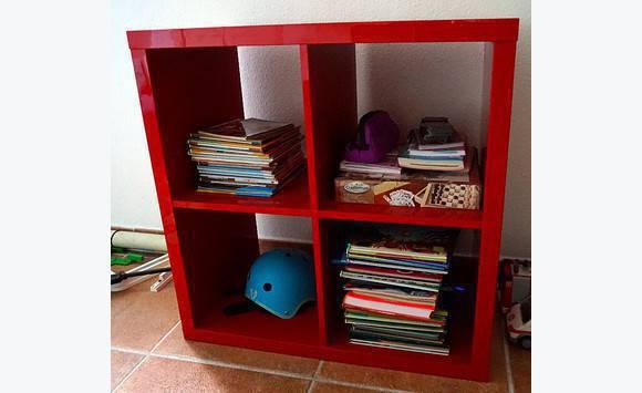 étagère 4 cases rouge   Meubles et Décoration Saint Martin • Cyphoma