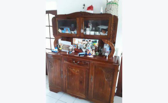 Meuble ancien annonce meubles et d coration lamentin for Meuble apothicaire ancien
