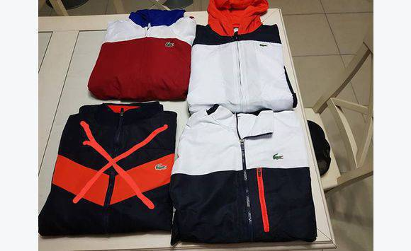 6584b6a7f9 ... Photo de l'annonce Survêtement Lacoste taille 6 (XL) Martinique #1 ...