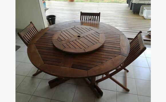 table en bois avec plateau tournant annonce meubles et d coration r mire montjoly guyane. Black Bedroom Furniture Sets. Home Design Ideas