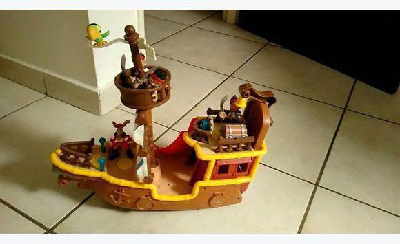 Bateau et personnages jack le pirate annonce jeux - Jeux de jack et les pirates ...
