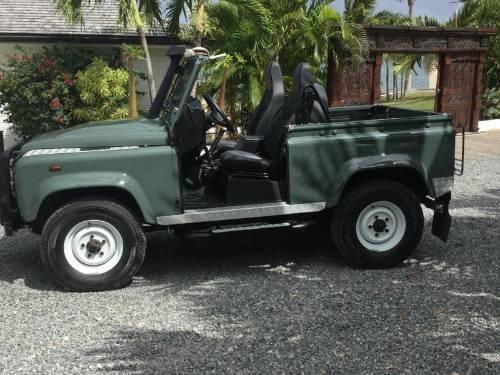 land rover defender 90 soft top annonce voitures saint martin. Black Bedroom Furniture Sets. Home Design Ideas