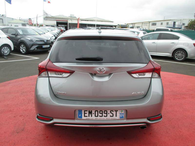 toyota auris 1 2 turbo 116ch technoline voitures guadeloupe cyphoma. Black Bedroom Furniture Sets. Home Design Ideas