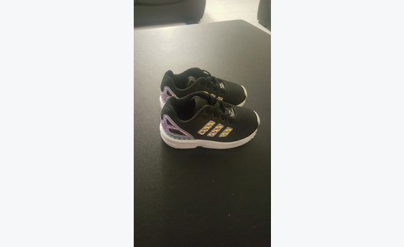 fdc79fede9d89 Basket Adidas pointure 22 - Chaussures Martinique • Cyphoma