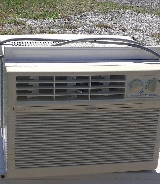 110v climatiseur fen tre annonce lectrom nager for Climatiseur fenetre
