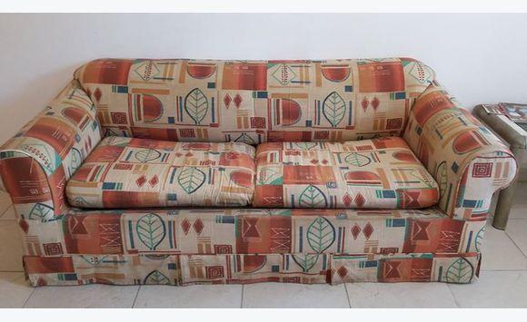 meubles appareils annonce vide maison sint maarten. Black Bedroom Furniture Sets. Home Design Ideas