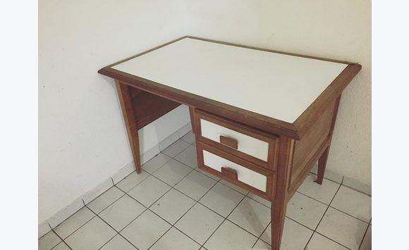 Bureau bois massif plateau laqué blanc meubles et décoration