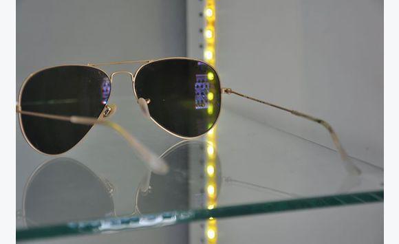 2eb4430e47 Lunettes de soleil Ray Ban original - Bijoux - Montres - Accessoires ...