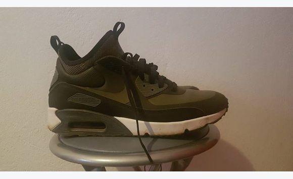 Une Paire Air Haute De Chaussures Nike WIEDHe2Y9