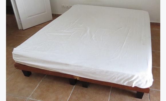 Lit complet 160x200 matelas sommiers meubles et d coration saint martin cyphoma - Lit matelas sommier 160x200 ...
