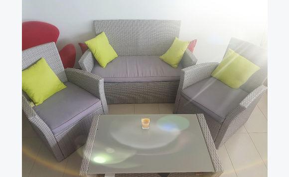 Salon de jardin annonce mobilier et quipement d - Mobilier jardin exterieur fort de france ...