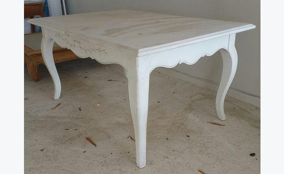 Table Rectangulaire En Bois Peint Blanc