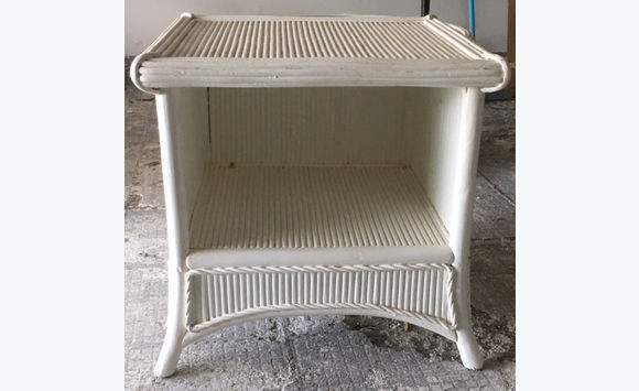 Bedside Round Table.Furniture Buffet Round Table Bedside Furniture And Decoration