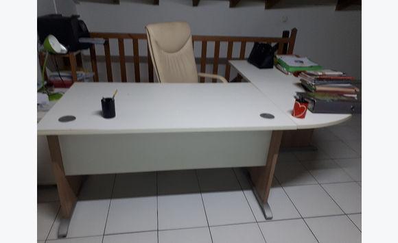 Bureau d angle fauteuil en cuir beige meubles et décoration