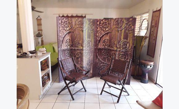 Chaises haut de gamme cuir meubles et d coration saint martin cyphoma - Decoration haut de gamme ...
