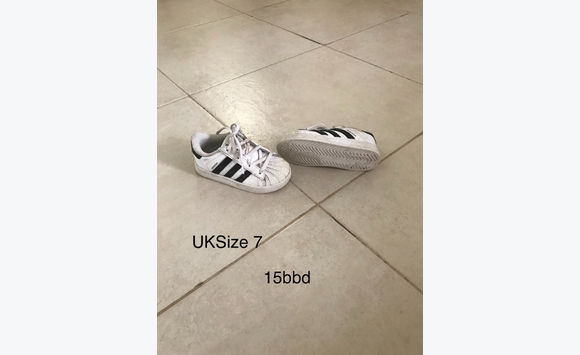 Adidas trainers uk size 7 (child's)
