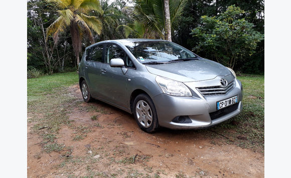 Toyota verso 7 places