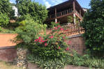 House: Beautiful Hillside, Almond Grove Est