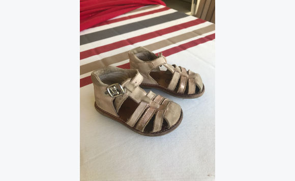 Second hand baby sandal size 20