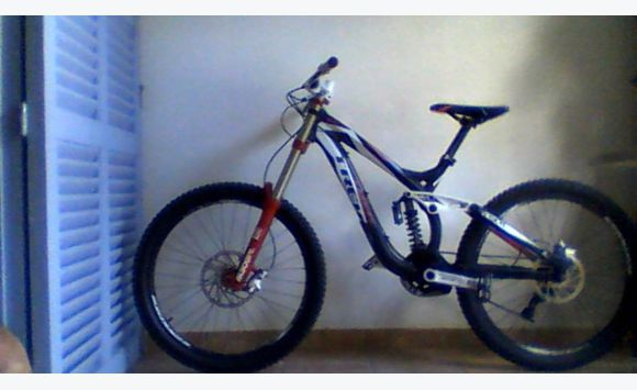 super mountain bike prix neuf 2500 usd