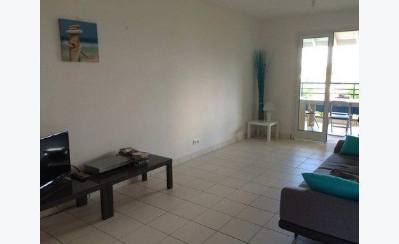 Dpt  (971),   appartement T3 - Le Gosier