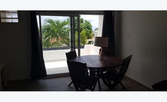 cupecoy: Cote d'Azur Studio/T2 furniture