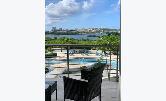 BLUE MARINE: MODERN 2BEDROOMS CONDO