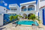 Point Pirouette Waterfront Villa